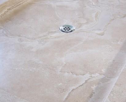 Piatto doccia in Breccia Sarda